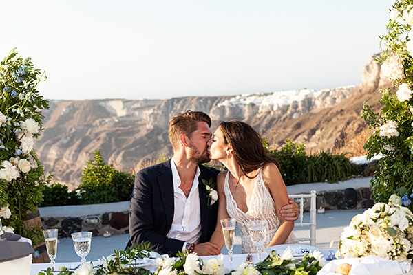 romantic-wedding-santorini-white-fresh-flowers-greenery_30
