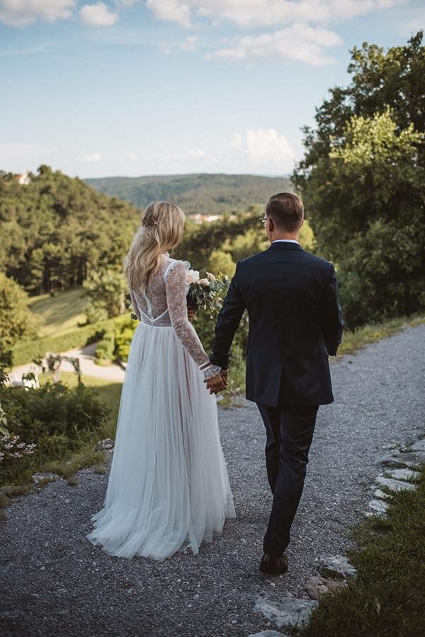 romantic-wedding-slovenia-rustic-natural-elements_03