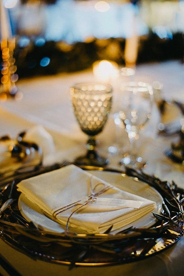 summer-wedding-olives-white-flowers_27