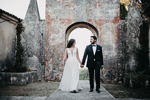 summer-wedding-olives-white-flowers_33