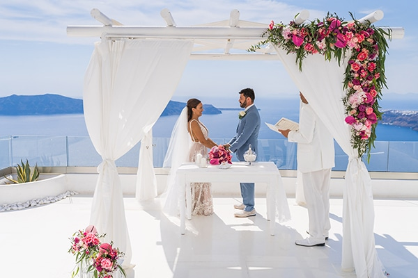 beautiful-intimate-santorini-wedding-fresh-fuchsia-flowers_12