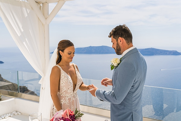 beautiful-intimate-santorini-wedding-fresh-fuchsia-flowers_14