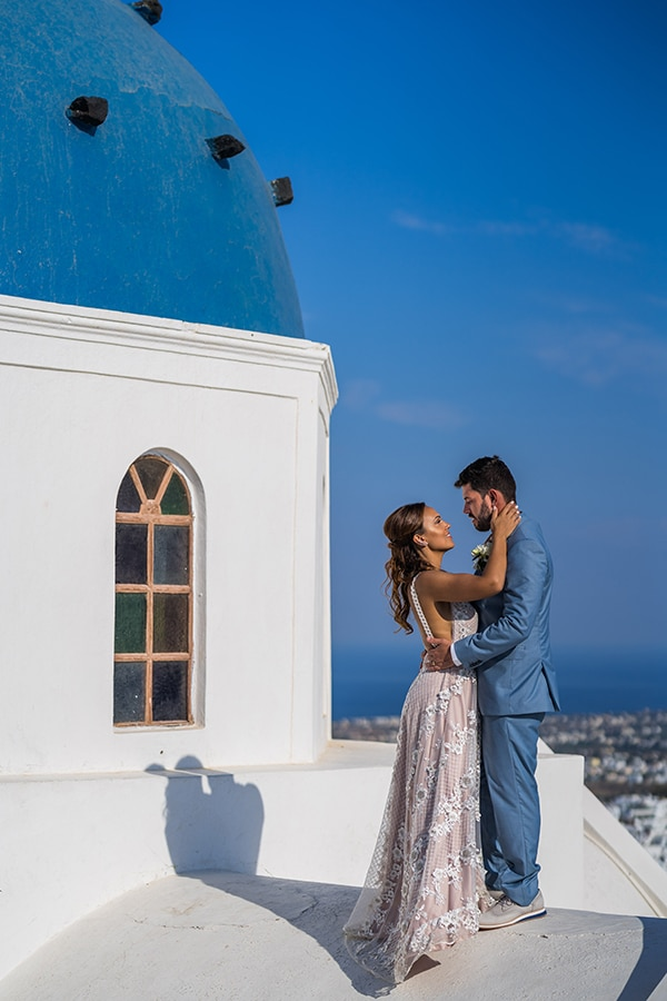 beautiful-intimate-santorini-wedding-fresh-fuchsia-flowers_24