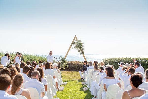 gorgeous-natural-wedding-athens-white-flowers_21