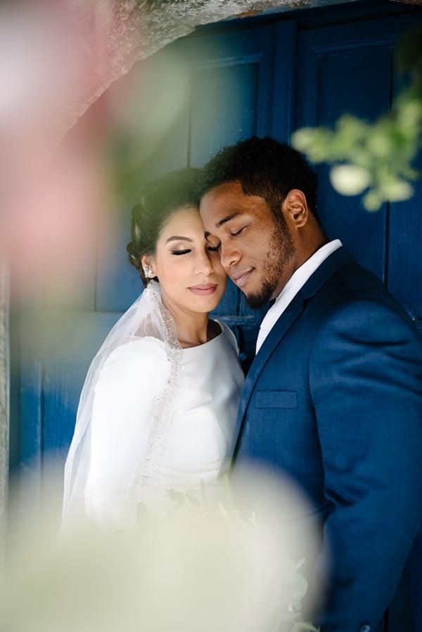 intimate-elegant-wedding-white-roses-olive-branches_04