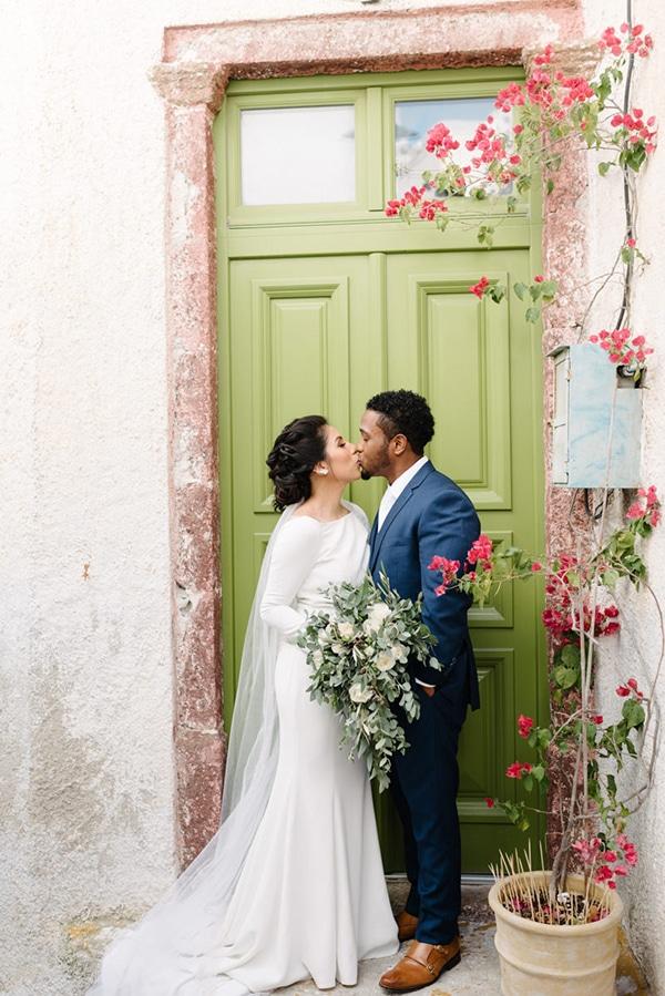 intimate-elegant-wedding-white-roses-olive-branches_05