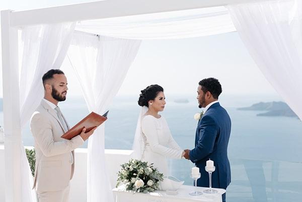 intimate-elegant-wedding-white-roses-olive-branches_11
