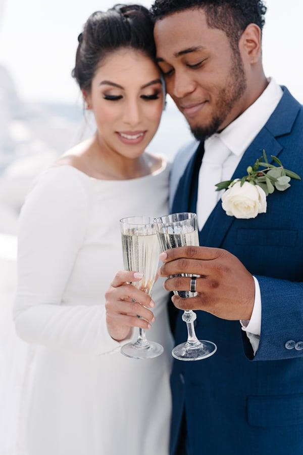 intimate-elegant-wedding-white-roses-olive-branches_14