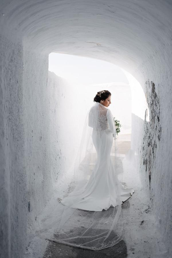 intimate-elegant-wedding-white-roses-olive-branches_17