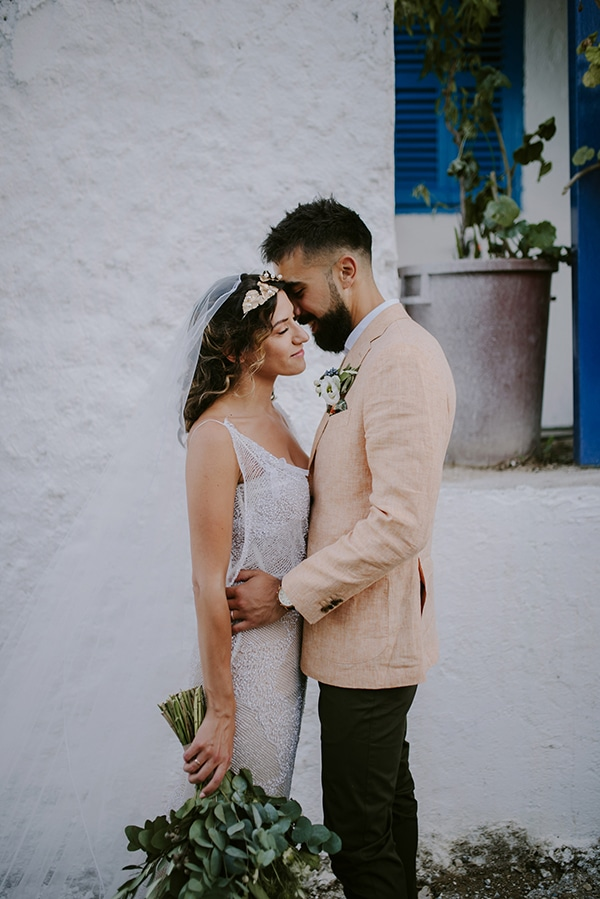 lovely-ecofriendly-wedding-cyprus-olive-theme_04x