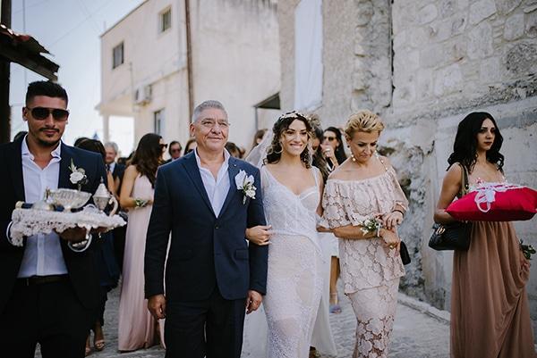 lovely-ecofriendly-wedding-cyprus-olive-theme_15