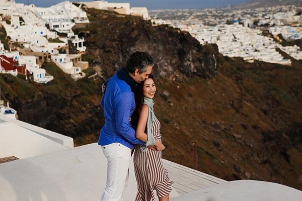 romantic-honeymoon-shoot-santorini_02x
