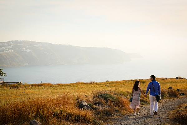 romantic-honeymoon-shoot-santorini_07